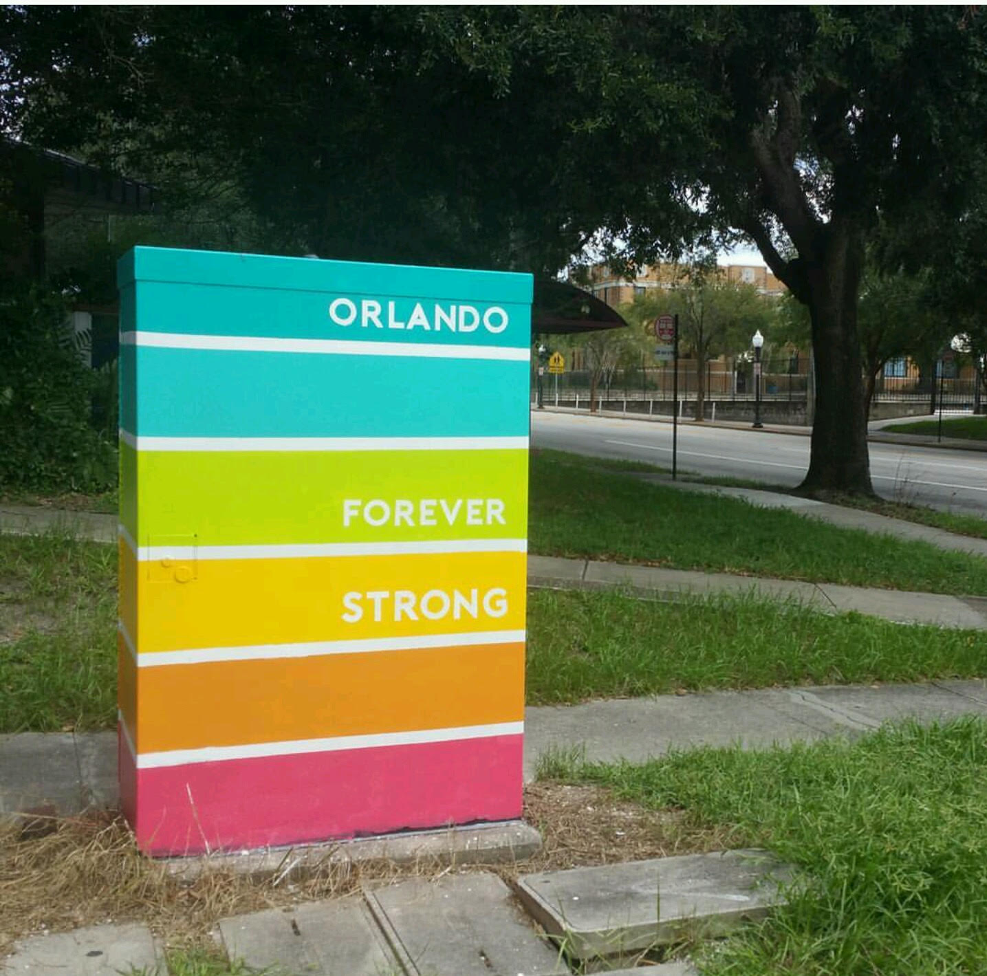Artist: ArtReach Orlando. Location: Summerlin & Robinson.