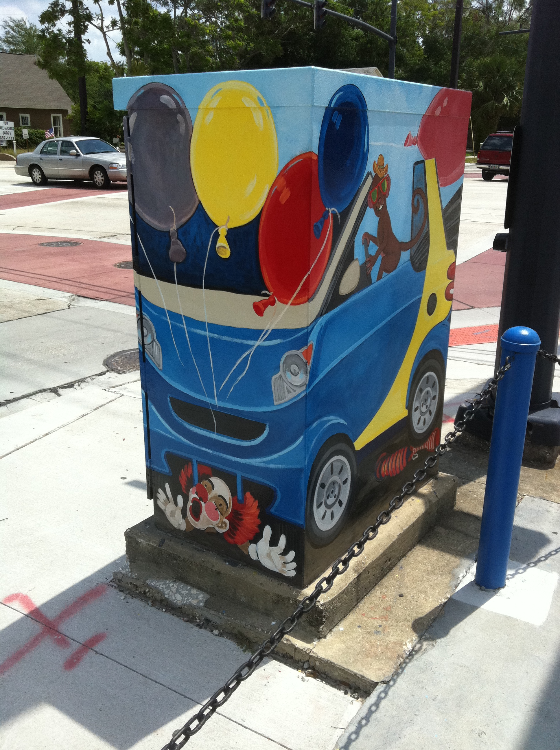 Artist: Harry Glotfelty.   Location: Marks Street & Mills Avenue