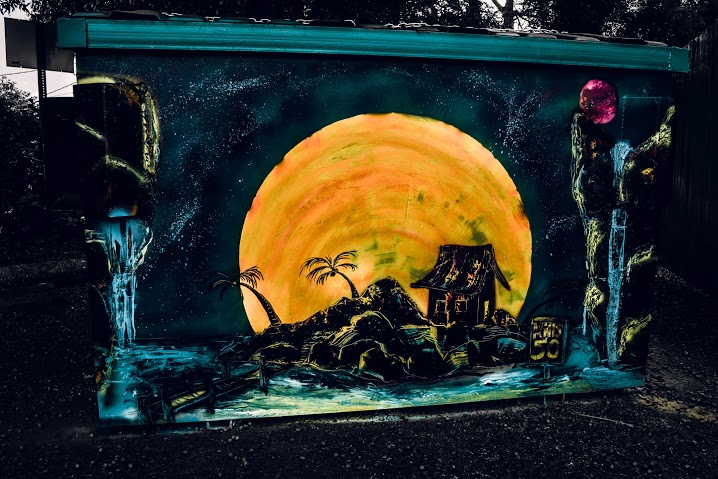 Artist: Vanessa Muir. Location: Armstrong Locks.